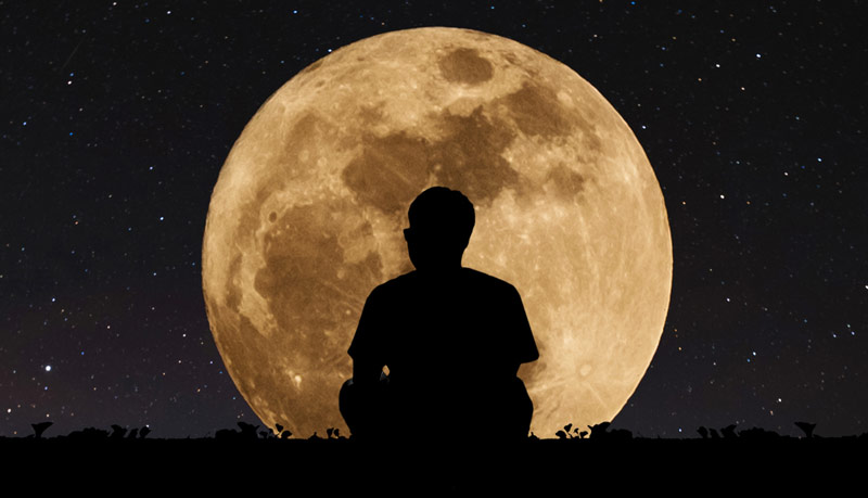 ماه و مرد یک مثال کاربردی برای آموزش نوشتن تگ آلت تصاویر